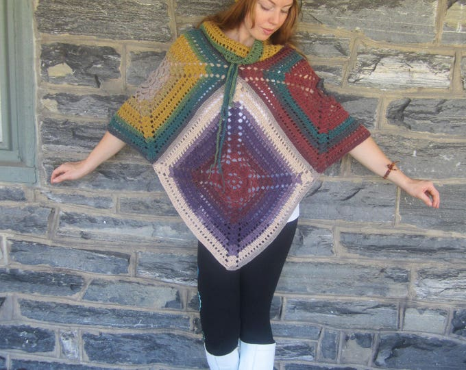 FLOWER BOHO PONCHO, crochet poncho, gypsy Poncho, Women's poncho, festival clothing Boho poncho, Winter clothing,  new!