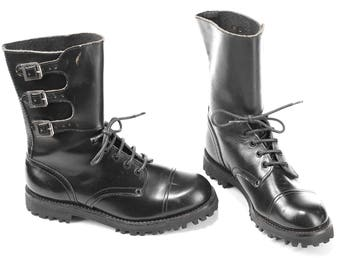 Vintage Commando Combat Boots 80s Black Cap Toe Distressed Military Army Boots Platform Chunky Thick Leather Punk  Eur 41  Us men 8  UK 7.5