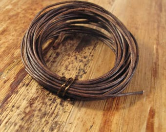 Natural Brown Leather, Antique Brown Round Leather, 1.0mm, 8 Foot Coil, Wrap Bracelets and Jewelry Making, 8 Feet of Leather (L-Mix11c)