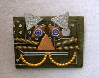 Recycled Circuit Board Cheshire CAT Brooch Vintage Metal CB231