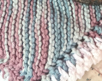 Knitted washing cloths