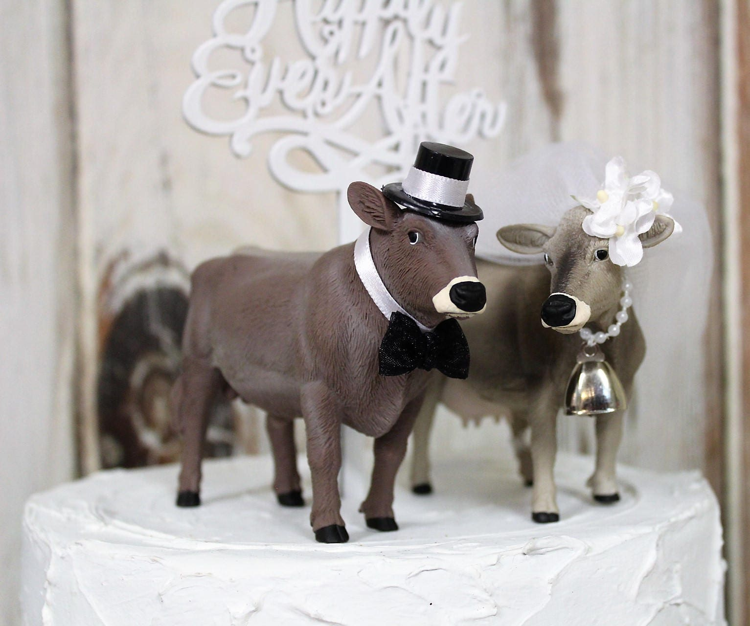 Cow cowboy cowgirl farmer wedding cake