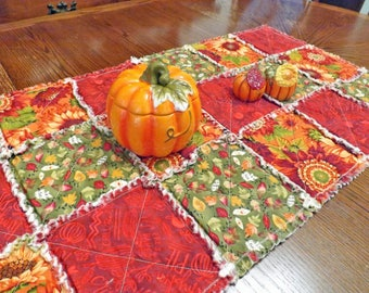 Rag Quilt Table Runner - Autumn Leaves - Fall Flowers - Autumn Red, Green, Orange - Table Decor - Autumn Decor - Fall Decor - Fall Runner