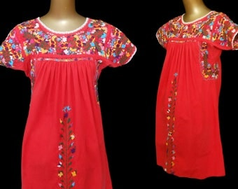 Vintage 70s Oaxacan Mexican Dress, Multi Color Hand Embroidered Red Cotton Dress with Little People and Armbands, Size S to M