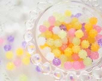 30 pcs Confetti Beads/Plastic Motif (8mm) CD447