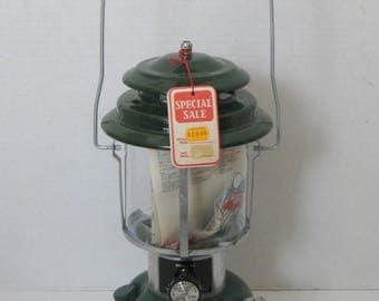 Vintage Coleman Double Mantle Lantern 1977 With Box NOS Model 220J195