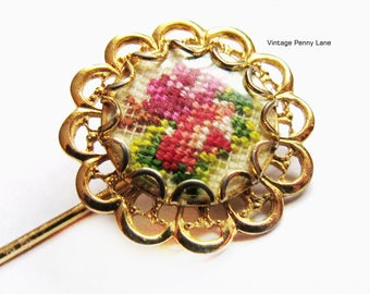 Vintage Stick Pin, Needlepoint Rose / Flower Stickpin