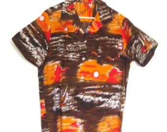 Men's Vintage Cotton Hawaiian Style Shirt / Brown and Orange Scenic Sunset Sailboats / Tiki Shirt / Tiki Oasis / Tribal / Luau / Size Medium
