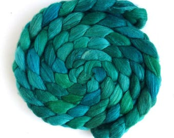 Three Waters Farm, Hand Painted Spinning or Felting Fiber, Racing Green