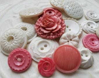 Vintage Buttons - Cottage chic mix of pink and white, lot of 18 old and sweet( june 509 17)