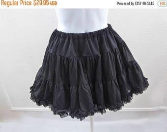 Vintage Petticoat Size M L Black Crinoline Half Slip Nylon Kawaii Skirt Ruffle