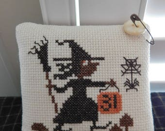 """Primitive stitch / Completed Cross Stitch / """"Oct. 31st Witch"""" / primitively stitched / Button Keeper / Prim  Halloween / Pin Tuck Keep"""