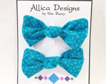 Hair Bow Clip Set - Turquoise Blue Dots -  Free Shipping in the US