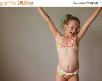 ON SALE NOS, 1970s Tropical Ruffle Bikini >>> Size 10/12 Girls
