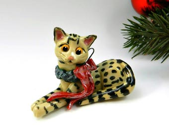 Egyptian Mau Cat Bronze Christmas Ornament Figurine Wreath OOAK Porcelain