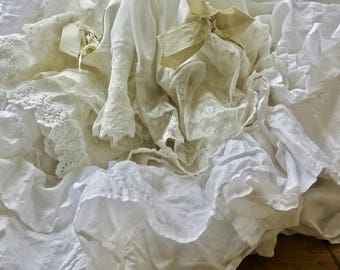 Beautiful Vintage French Shabby Chic Ruffles
