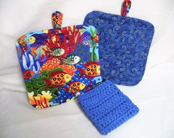 Under The Sea, Insulated Pot Holders, Set of 2, With or Without Crocheted Cotton Dishcloth, Hot Pad, Trivet, Tropical Fish