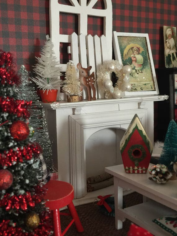 Miniature White Fireplace Christmas Accessories -1:12 scale Dollhouse