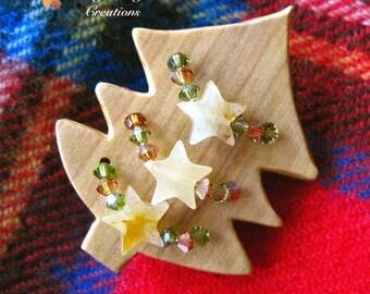 Christmas Brooch, Holiday Jewelry, Rustic Wooden Tree, Honey Jade Gemstone Stars, Swarovski Crystals, Natural Wood Pin, Gift for Woman P101