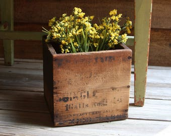 Vintage Wooden BOX with Printing Primitive Wood Storage Box- Rustic Container Farmhouse Kitchen- Planter