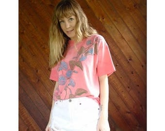 15% Memorial Day Wknd ... Morning Glory Coral Pink s/s Tee - Vintage 80s - S/M