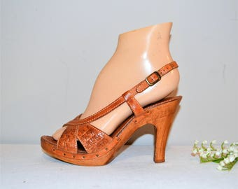 Vintage Sandals with Wood and Leather