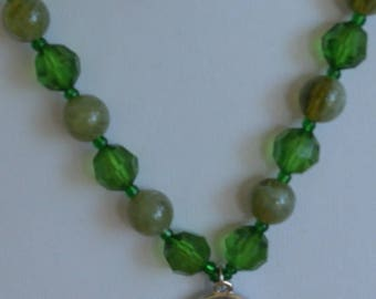 """On sale Pretty Vintage Shades of Green Plastic Beaded Pendant Necklace, 18"""" (W15)"""