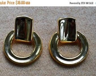 ON SALE Gold Door knocker Pierced Earrings, Vintage (AC9)