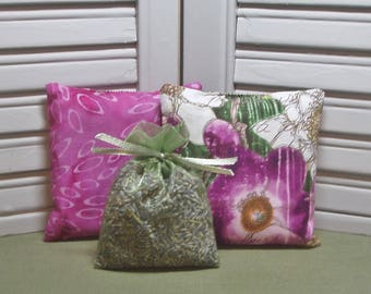 Flowers, lavender sachets, set of 3 sachets, gift set, birthday,  lavender pillow, filled with 100% dried lavender for a lovely scent