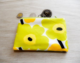 Coworker Gift/ Floral Make Up Bag/ Marimekko Gift for Her/ Wife Gift/ BFF Gift/ Bridesmaids Gift/ Christmas-gift-for-women/ Sister Gift