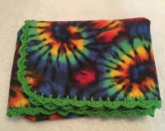 Fleece Throw with Crochet Trim, Tye Dye Throw, Fleece Blanket, Green Crochet Trim Blanket, Fleece Lap Robe
