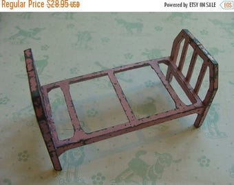 ON SALE Antique 1930s Metal Pink Chippy Shabby Chic Farmhouse Tootsie Toy Dollhouse Bed Furniture