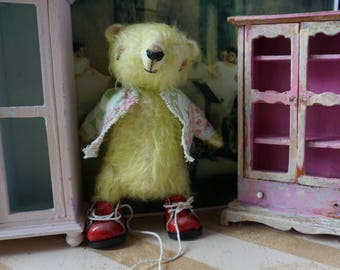 """OOAK Artist Bear - FAUSTO - 5"""" Tall Hand-Dyed CHARTREUSE Mohair Collectible Teddy Bear"""