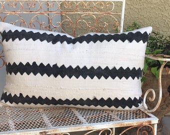 Authentic African Mudcloth  Pillow Cover  in Off White and Black  16x26 Lumbar  Boho / Modern / Farmhouse