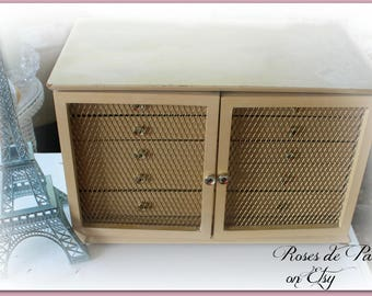 French Provincial style vintage jewelry box ~ Mesh doors 5 drawer chest