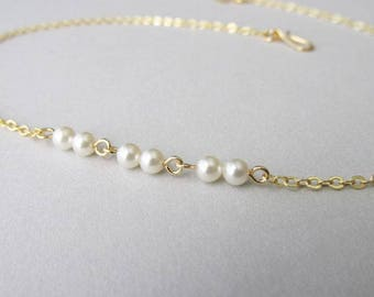 Short Collarbone Minimalist Pearl Choker Necklace | Skinny Dainty Layering Necklace | Modern Everyday Wear Jewellery | Gift for Her
