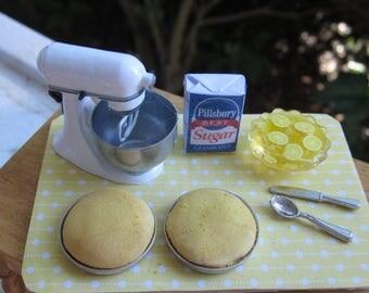 Yellow Cake Prep Board