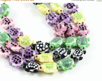 "20% OFF 8"" Glass STRAND - Lampwork Glass Beads - Assorted Pastel Turtles (8 inch strand - 10 beads) - str1275"