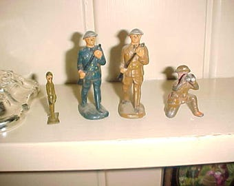 Lot Vintage WWl  Era Toy Soldiers Doughboys MANOIL?