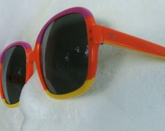 Ray-Ban Sunglasses Chandra, B & L  Bausch And Lomb Colorful Eye Wear