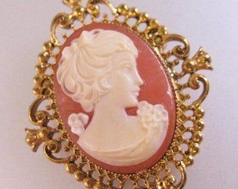 XMAS in JULY SALE Vintage Avon Cameo Locket Brooch Pin Costume Jewelry Jewellery