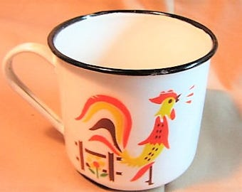 Enameled Ware Mug, Vintage Country Chicken Enamel Mug, Chicken Cup, Metal Enamel Rooster Cup, Country Kitchen Accent, Farmhouse Decor