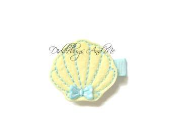 Yellow and Aqua Scallop Seashell Hair Clip, Scallop Shell Hair Clip, Girls Seashell Hair Clip, Beach Hair Clip, Toddlers Beach Hair Clip