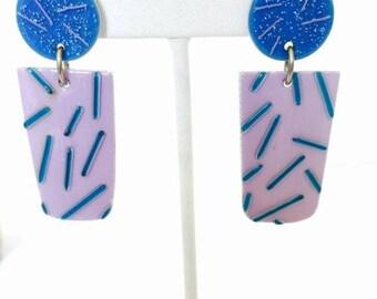 CIJ SALE Christmas JULY Lovely Retro 1980s purple blue art glass vintage earrings