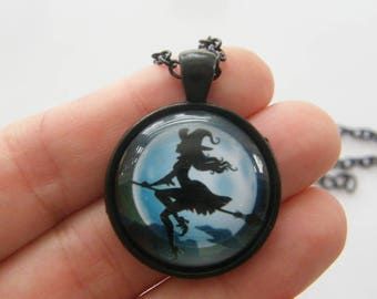 1 Witch pendant black tone HC219