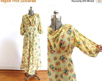 ON SALE 1930s Dress / 1930s Yellow Floral Bias Cut Dress