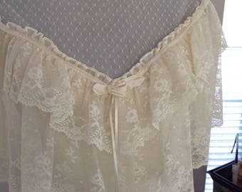 Vintage Alfred Angelo Ivory Lace Wedding Dress