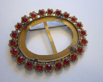 vintage  brooch finding - as is - oval, red rhinestones, floral border - C clasp