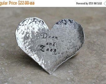 Heart Shaped Ring Dish / Keepsake / Anniversary Gift / Aluminum / Textured Metal / Personalized / Customized / Gift for Wife / Handmade C072