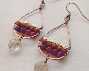 Handformed copper loop earrings